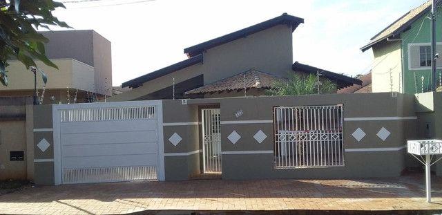 Linda Casa Jardim São Lourenço