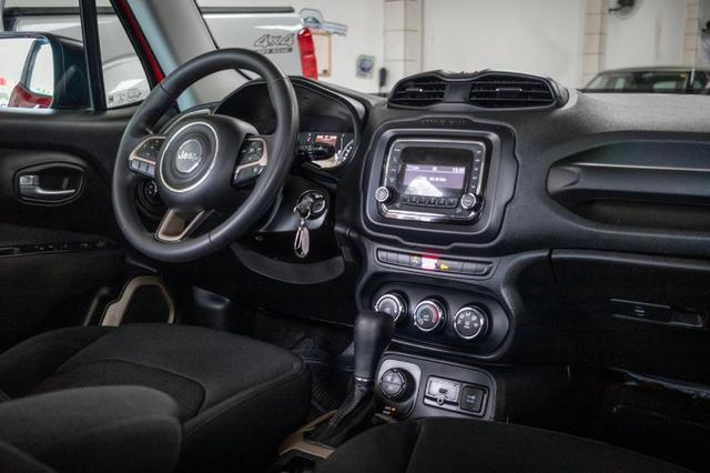 Jeep Renegade Sport 4x4 Diesel 2016 - Foto 11