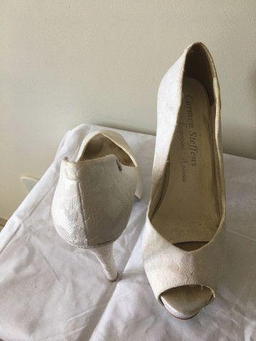 Sapato de noiva Carmen Steffens 37 - Foto 3