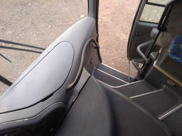 Onibus g6 2005 motor dianteiro marcopolo mercedes - Foto 9