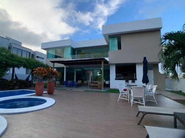 Casa linda e aconchegante com 4 suítes e localizada no Condomínio Laguna. - Foto 7