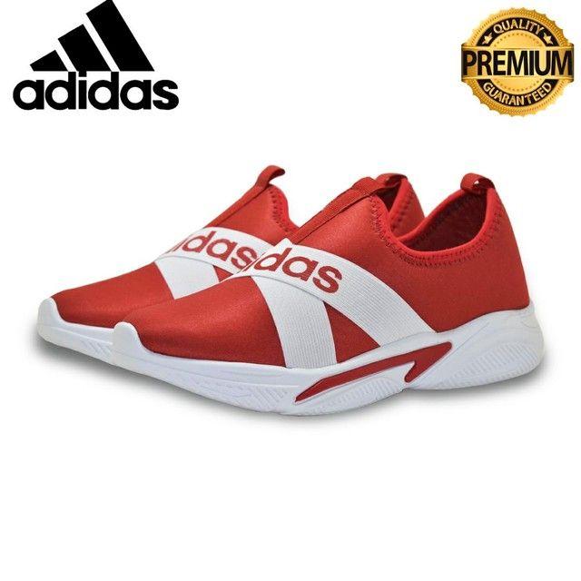 Tênis Adidas Slip  Unissex casual  Excelente Qualidade numeraçao do 34 ao 39  - Foto 3