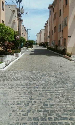 Apartamento no conjunto Augusto Franco