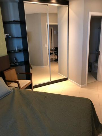 Apartamento Tancredo Neves Mundo Plaza 2 suítes finamente decorado 2 vagas Nascente - Foto 6
