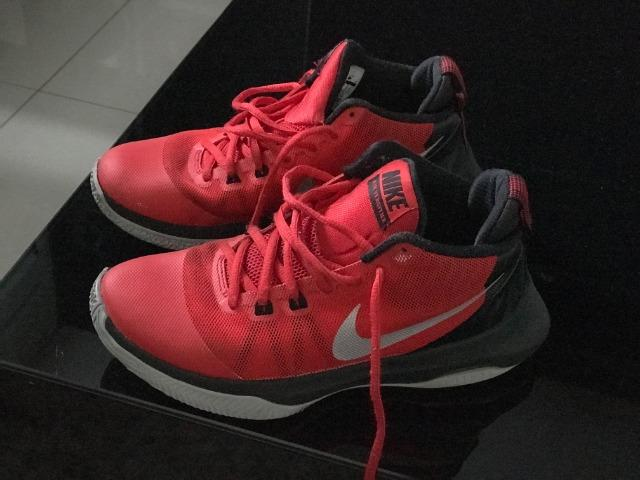76987852a0b Tênis Nike Basquete - Roupas e calçados - Cristo Rei