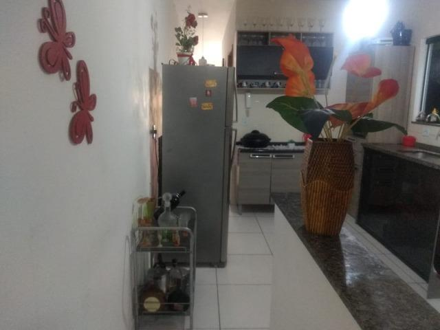 Casa frente de rua 02 qtos garagem no Centro de Nilópolis RJ. Ac carta! - Foto 8