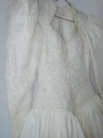 Vendo Vestido de Noiva - Grife de SP (nunca foi usado) - Foto 6