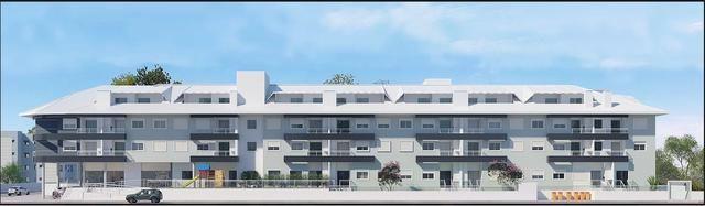 Apartamento com 03 dormitórios 180 metros do mar