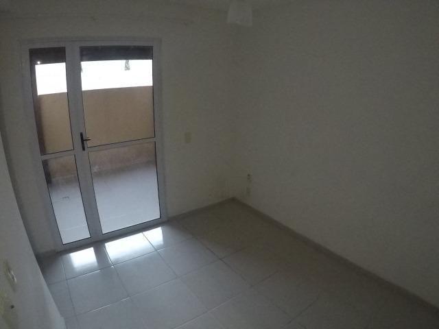 E.R-Apartamento com 2 quartos com quintal perto da praia de Manguinhos - Foto 8