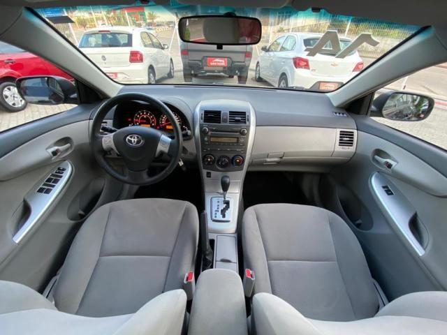 Toyota Corolla GLI 1.8 Flex Automtico 2014 - Foto 11