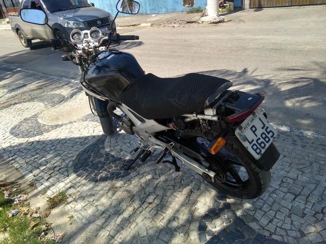 Honda Twister 250cc ano 2008 . 5500 reais . *