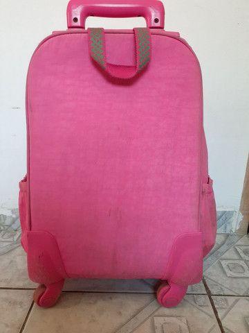 Mochila de 4 rodas rosa da marca Up4 you - Foto 2