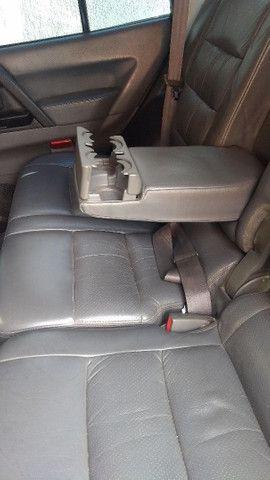 Pajero 2.8 diesel cambio Manual 4x4 - Foto 4