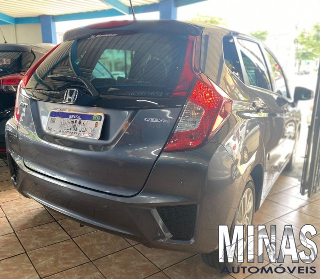 Honda Fit Lx 1.5 2015 manual - Foto 6