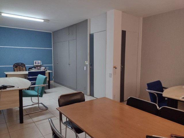 Alugo Salas para Escritório - Casa Comercial