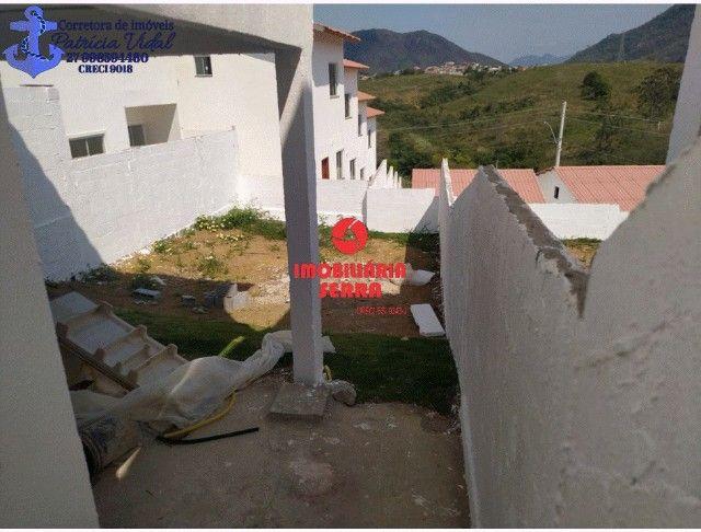 PRV Vendo casa 2qts, quintal gigante, are subsolo, vaga pra dois carros - Foto 7