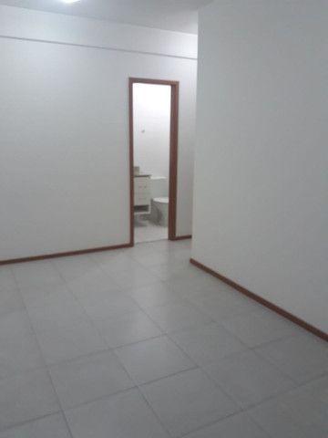 Maravilhoso apartamento 3qtos sendo um suíte  - Foto 10