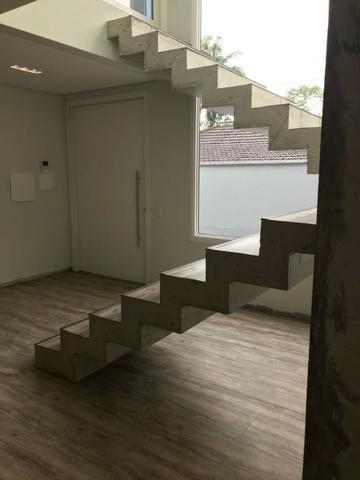 Linda casa 3 suites bairro Gloria em Joinville - Foto 5