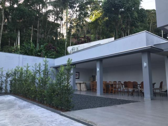 Linda casa 3 suites bairro Gloria em Joinville - Foto 17