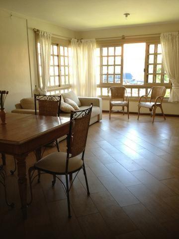 Amplo apartamento de 3 dormitórios com suite