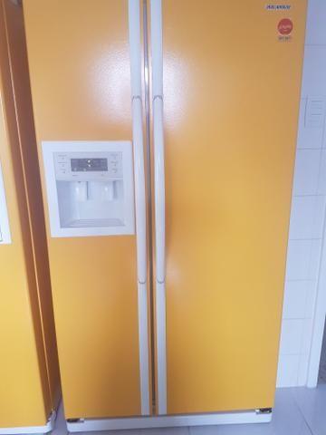 a7b639a7e Refrigerador side by side Samsung