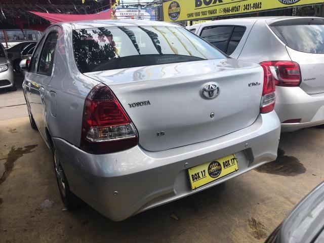 Toyota Etios 2019 + GNV ( Único Dono, novo) - Foto 6