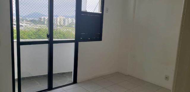 AP0368 Excelente Apartamento com 3Q sendo 1 Suíte no Condominio Barra Bali - Foto 4
