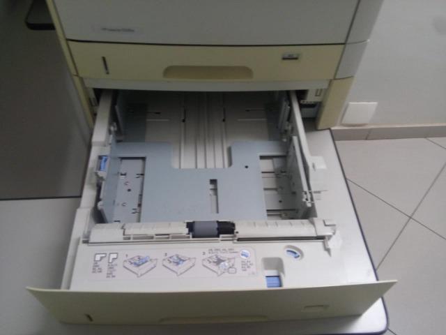 Impressora HP LaserJet 5200tn - Foto 3