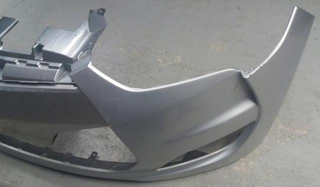 Para-choque Hyundai Veloster Original Usado - Foto 6