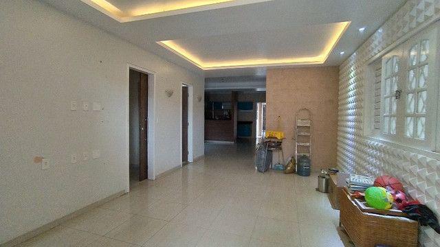 Casa com 04 Apartamentos na Parquelândia - Foto 3