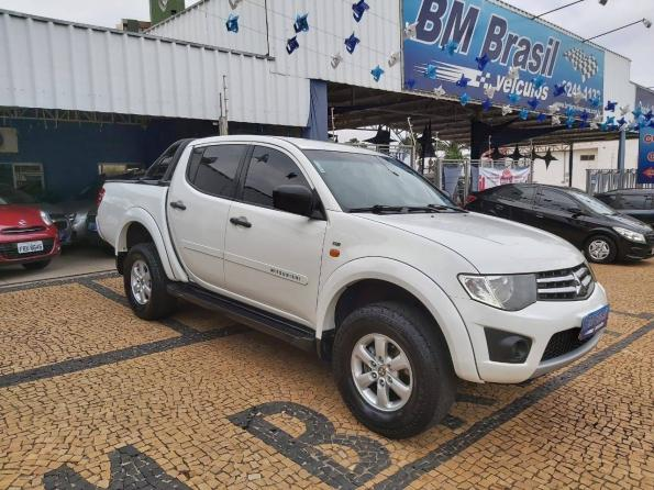 L200 TRITON 2014/2015 2.4 HLS 4X2 CD 16V FLEX 4P MANUAL - Foto 3