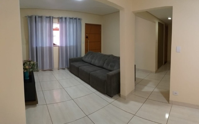 Linda Casa Próxima Shopping Norte Sul Plaza com 4 Quartos - Foto 4