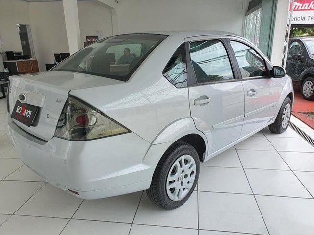 Fiesta Sedan 1.6 2014 - 68.000KM - Foto 6