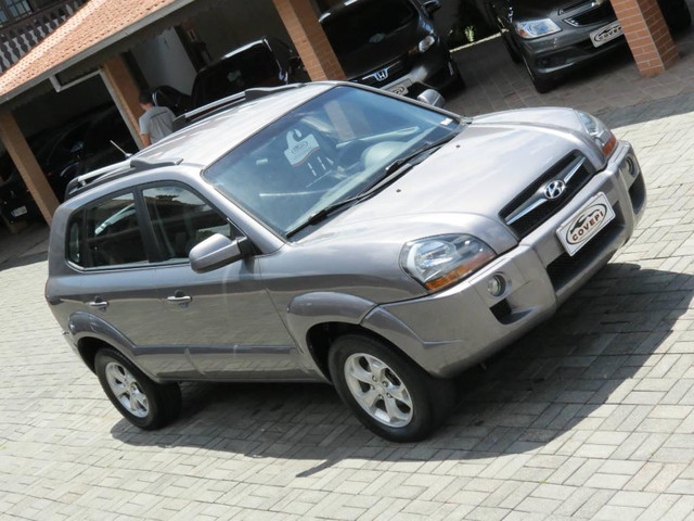 Hyundai Tucson GLS 2.0  - Foto 12