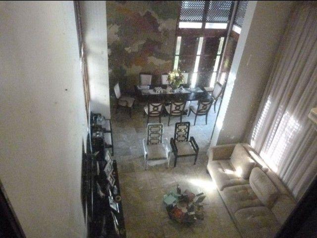 Casa Duplex,  4 suites c/ Hidro, Escritório, 6 carros.