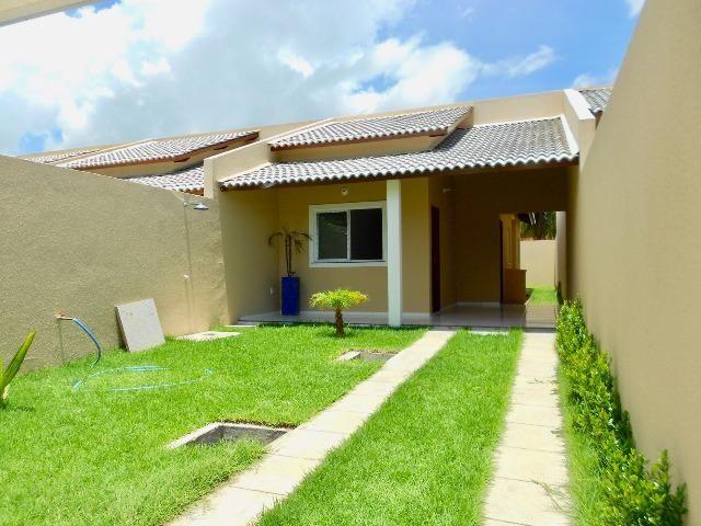 Casa Plana no Eusébio / 80m² / 02 suítes / 03 vagas - CA0753