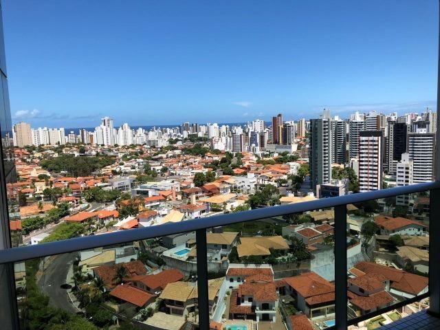Apartamento Tancredo Neves Mundo Plaza 2 suítes finamente decorado 2 vagas Nascente - Foto 18