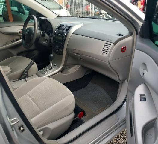 Toyota Corolla GLI 1.8 Automatico 2010 - Foto 5