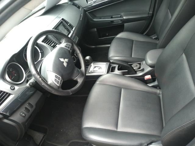 Lancer Hlt Aut 2019 *Excelente p/Uber* *Garantia* Raion Mitsubishi 3504 5000 - Foto 6