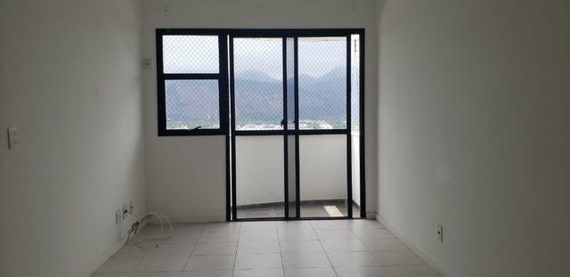 AP0368 Excelente Apartamento com 3Q sendo 1 Suíte no Condominio Barra Bali - Foto 7