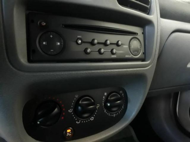 Renault Clio Sedan Privilege - Foto 11