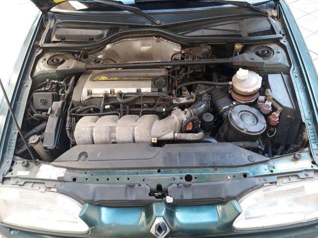Renault 19 1.8 16v 1995 137cv - Foto 2