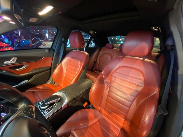 Mercedes C250 Sport, 2015, interior vermelho, blindada nível 3A, configuração Linda  - Foto 13