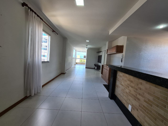 Amplo apartamento 3 qts st em Jardim Camburi - Foto 2