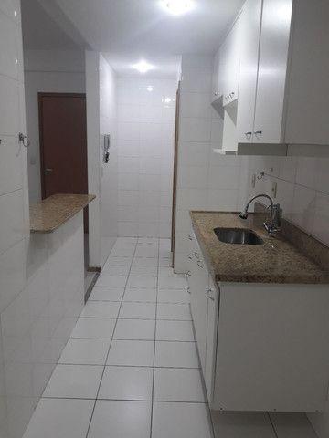 Maravilhoso apartamento 3qtos sendo um suíte  - Foto 8