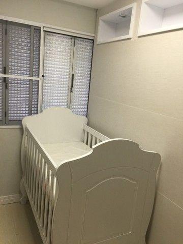Berço infantil imperial Provençal, vira mini cama