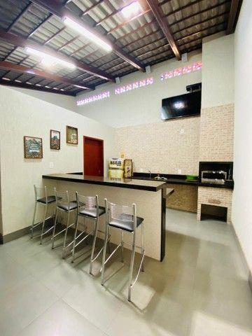 Casa 170 m² com 3 quartos sendo 01 suíte