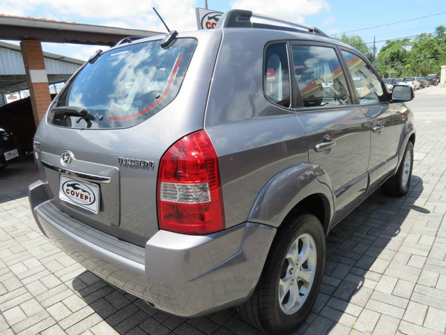 Hyundai Tucson GLS 2.0  - Foto 16