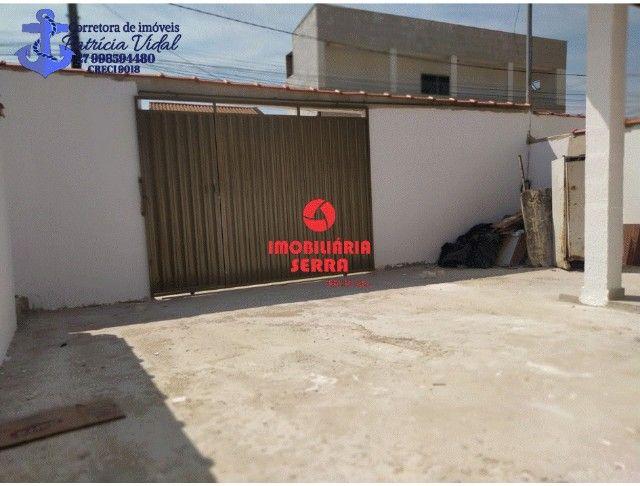 PRV Vendo casa 2qts, quintal gigante, are subsolo, vaga pra dois carros - Foto 8