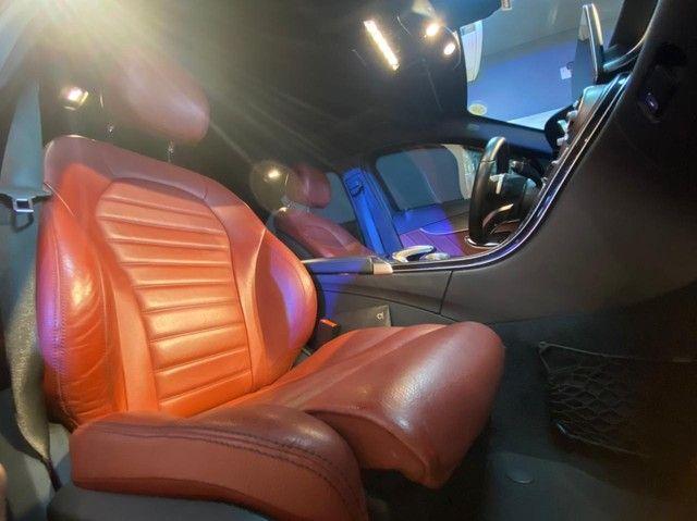Mercedes C250 Sport, 2015, interior vermelho, blindada nível 3A, configuração Linda  - Foto 14